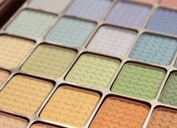 8-productos-de-maquillaje-que-debes-tener-en-tu-kit-de-viaje_mjzkg