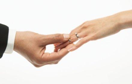 boda-civil-o-boda-por-la-iglesia_2yaqf