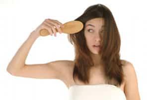 caida-del-cabello-durante-el-cambio-de-estacion_ywm3i