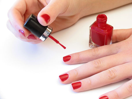 Cómo aplicar esmalte de uñas como un profesional