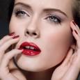 como-aplicar-lapiz-labial-rojo-correctamente_jnfsq