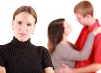 como-conseguir-afrontar-una-infidelidad_lb56j