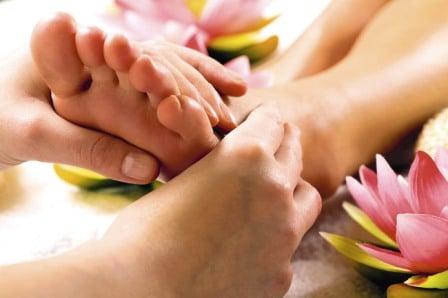 como-dar-un-masaje-en-los-pies_027pg