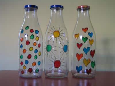 C mo decorar una botella de vidrio - Manualidades con botellas de cristal ...