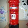 como-hacer-un-atractivo-buzon-de-correos-londinense_bw5xc