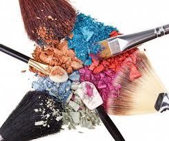 comprar-el-maquillaje-adecuado_4xias