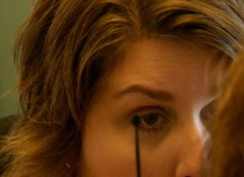consejos-de-maquillaje-para-mujeres-de-50-anos_xl23q