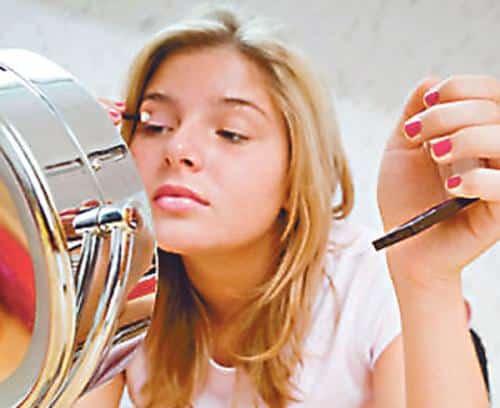 consejos-utiles-de-maquillaje-para-adolescentes_zfxnh