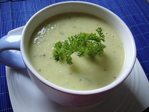 crema-fria-de-calabacin-con-yogurt_jo13b