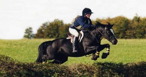 deporte-al-aire-libre-equitacion_x90hv