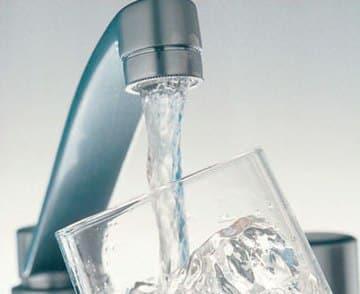 el-agua-un-elemento-saludable-para-la-perdida-de-peso_dbxh5