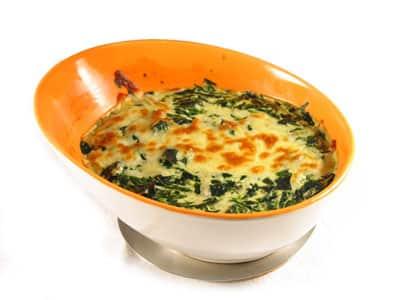espinacas-al-graten-una-deliciosa-forma-de-cuidar-tu-linea_om4ci