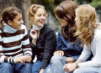 las-tres-etapas-por-las-que-pasan-los-adolescentes_n6m8e