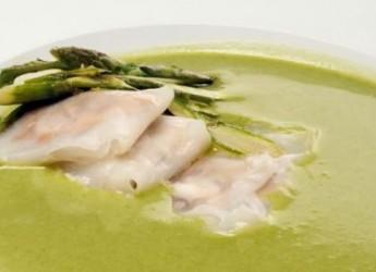 ligera-y-nutritiva-crema-de-esparragos-verdes_8v2cx