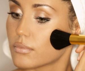 lo-que-necesitas-saber-sobre-el-maquillaje-de-verano_e7zu1