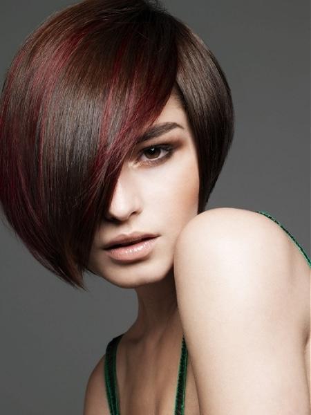 los-mejores-peinados-para-adelgazar_iyrns