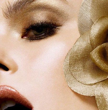 maquillate-en-color-oro_9cui6