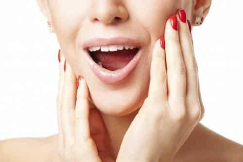 Mujeres con sensibilidad dental