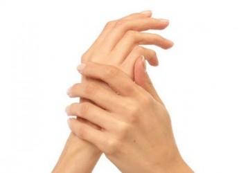 pasos-faciles-para-unas-manos-hermosas-y-saludables_k4gny