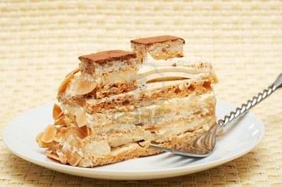 pastel-de-merengue-y-crema-el-broche-de-oro-a-tu-menu_fcnou
