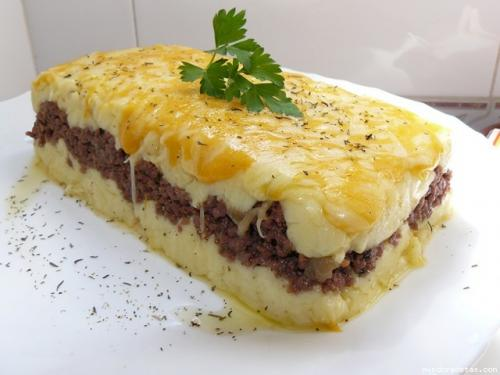 pastel-frio-de-patatas-con-carne_c6kq4