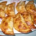 picar-con-exquisitez-y-clase-hoy-empanadillas-al-horno-de-champinones-y-queso-de-cabra_urw1t