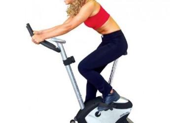 practica-bicicleta-estatica-y-ayuda-a-prevenir-las-varices_p8lsn