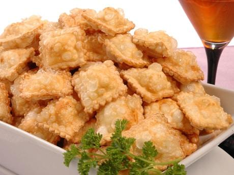 raviolis-con-esparragos-y-salsa-de-nueces_jzl2s
