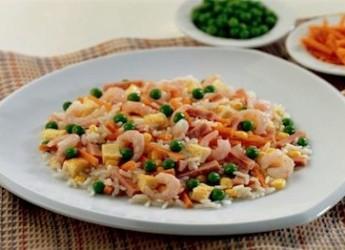recetas-ligeras-ensalada-de-arroz_uz98w