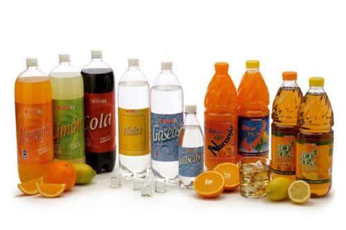 sabemos-verdaderamente-lo-que-llevan-las-bebidas-de-verano_f01mh