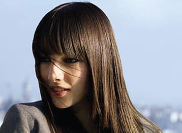 secretos-para-cuidar-de-su-cabello-largo_5sijc
