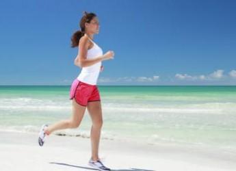 si-eres-de-las-que-corre-durante-el-verano-hazlo-bien_pv04d