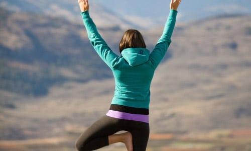 top-5-posturas-de-yoga-para-perder-peso_mndlq