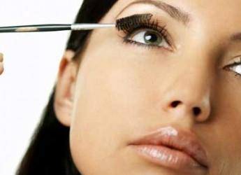 trucos-para-un-maquillaje-antiarrugas_1wisr