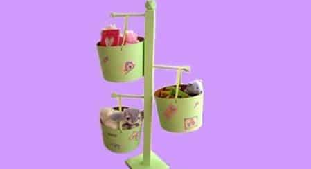 un-bonito-balde-para-guardar-los-juguetes_qw9zo