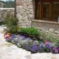 un-llamativo-parterre-para-nuestro-jardin_7mi3p