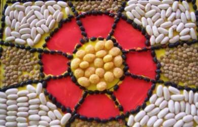 un-mosaico-hecho-con-legumbres_hg4of