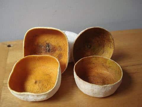 unas-originales-cajas-hechas-con-piel-de-naranjas_gk3ay
