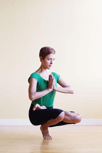 yoga-para-una-piel-brillante_wd2hy